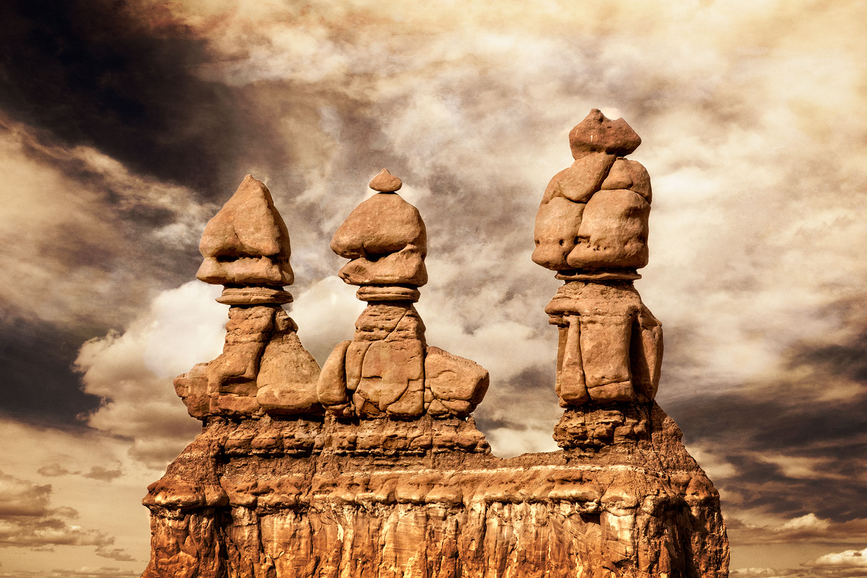 Goblin Valley duotone